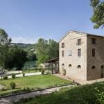 Foto al lago di San Ruffino (amandola e al Ristorante al Lago